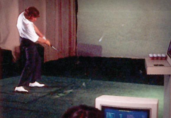 1974 볼 스피드, 런치 앵글, 스핀량, 클럽헤드 스피드, 스윙 경로, 진입각 등을 측정하기 위해 최고의 실내 테스트 연구소인 아쿠쉬네트 골프 센터(AGC)가 설립되다.